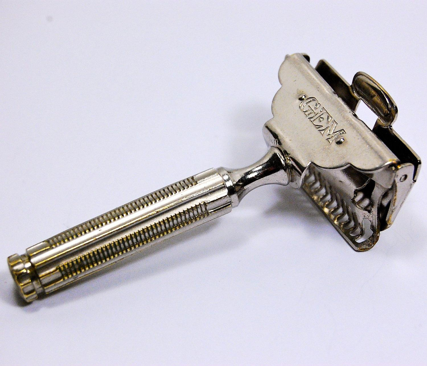 dating gem razors Gem micromatic 'clog pruf' single edge razor lot of two chrome finish hard to date these razors, but these are probably 30s-40s era this is a classic design.