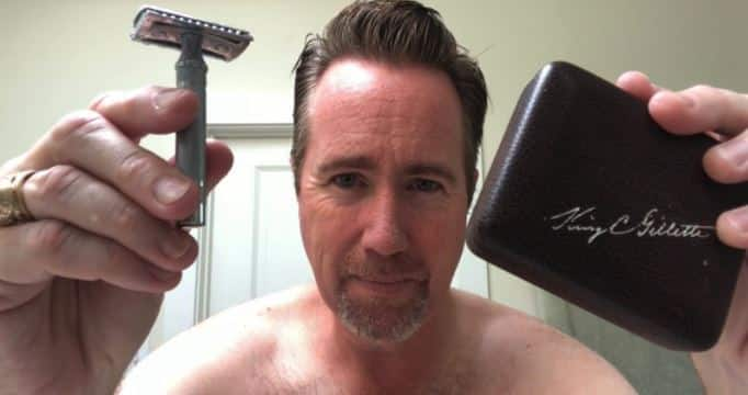 How To Use A Razor Safely